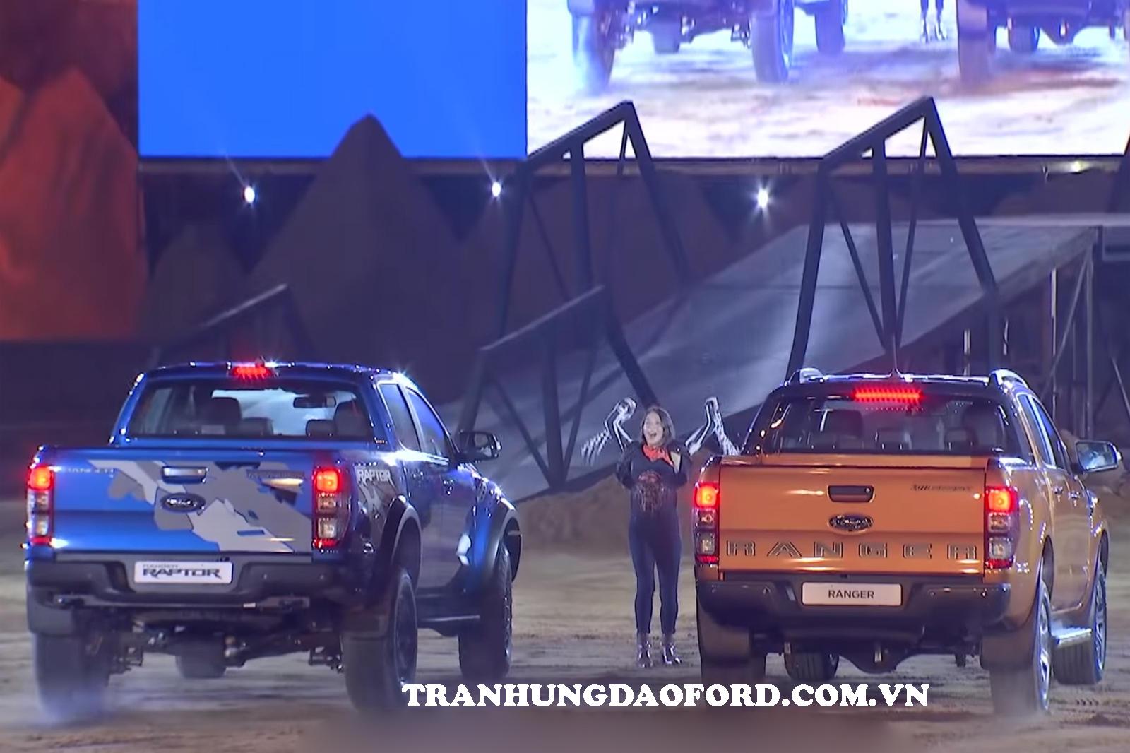 Mua xe Ford Ranger Raptor
