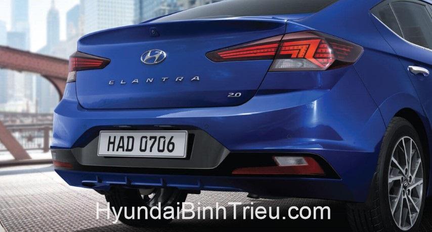 Danh Gia Xe Hyundai Elantra 2020 Den Hau