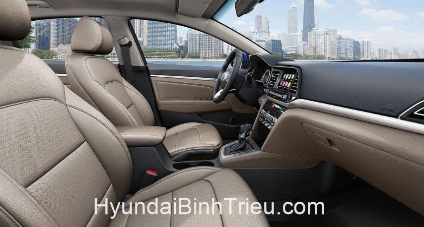 Danh Gia Xe Hyundai Elantra 2020 Noi That