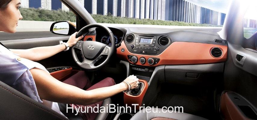 Gia Xe Hyundai i10 2020 Noi That