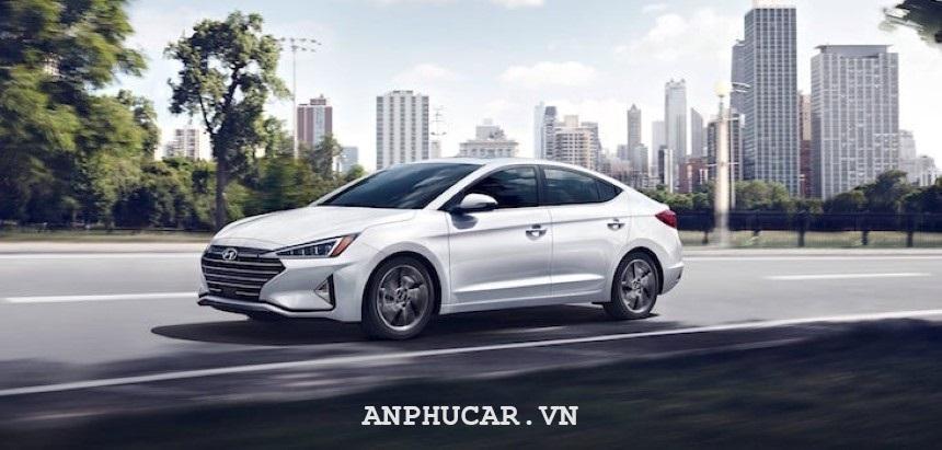 Gia xe Hyundai Elantra 2020