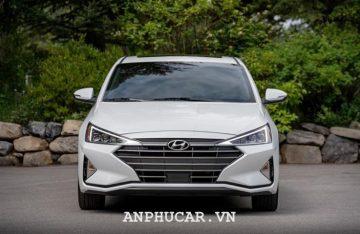 Khuyen mai Hyundai Elantra 2020