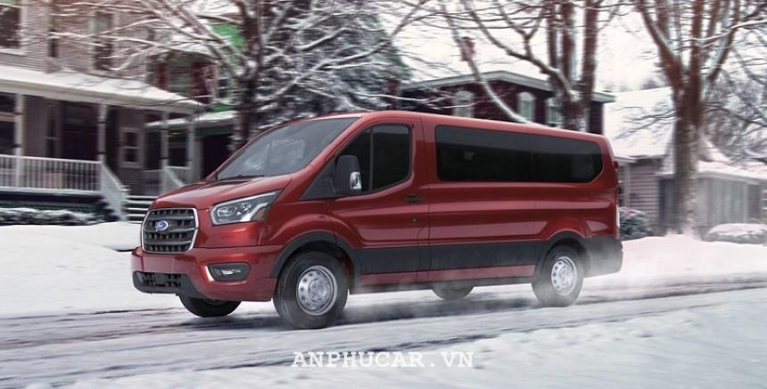 Gia xe Ford Transit 2020