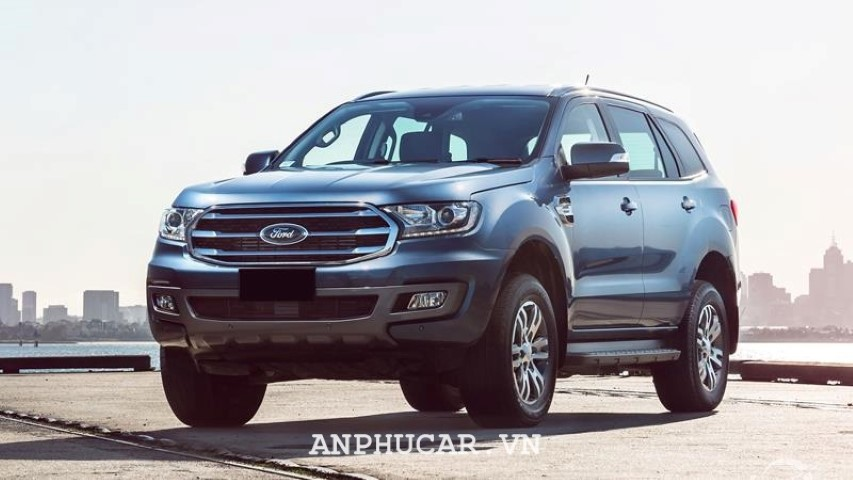 Ford Everest 2020 khuyen mai
