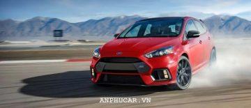 Ford Focus RS 2020 kha nang van hanh nang cap