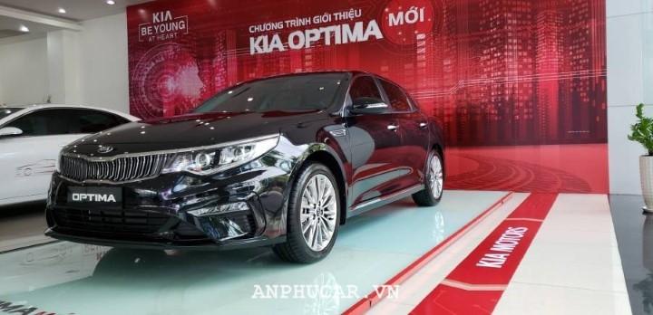 Kia Optima 2.0 AT 2020 mua xe