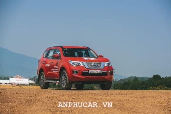 Nissan TERRA 2.5L S 2WD 6MT 2020 gia lan banh bao nhieu