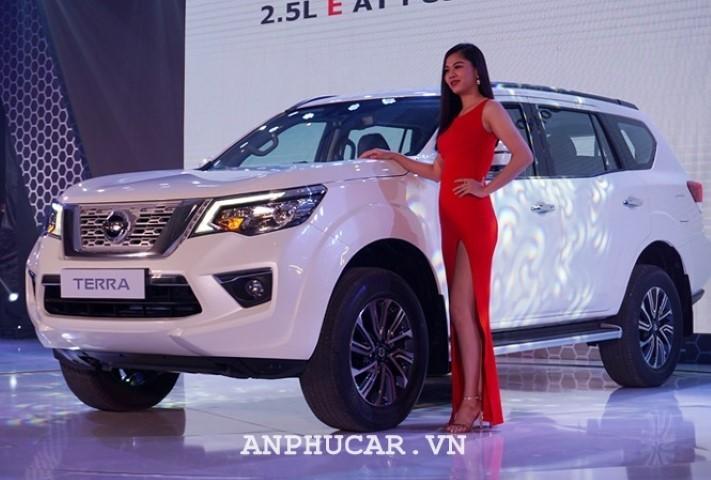 Nissan TERRA 2.5L V 4WD 7AT 2020 duoc nang cap nhieu tinh nang moi