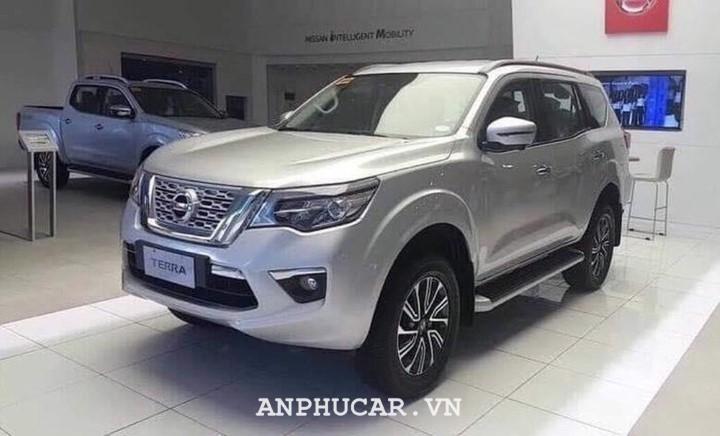 Nissan TERRA 2.5L V 4WD 7AT 2020 gia bao nhieu