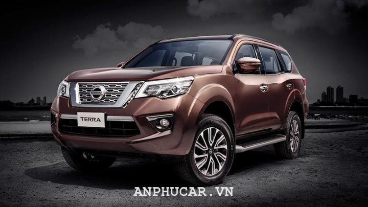 Nissan TERRA 2.5L V 4WD 7AT 2020