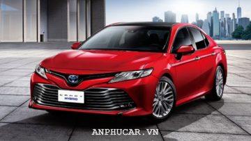 Toyota Camry 2020 khuyen mai mua xe
