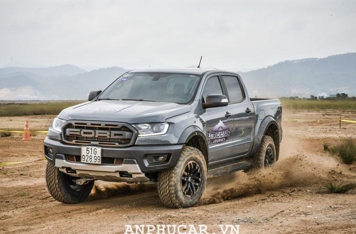 Danh gia chi tiet Ford Ranger Raptor 2020