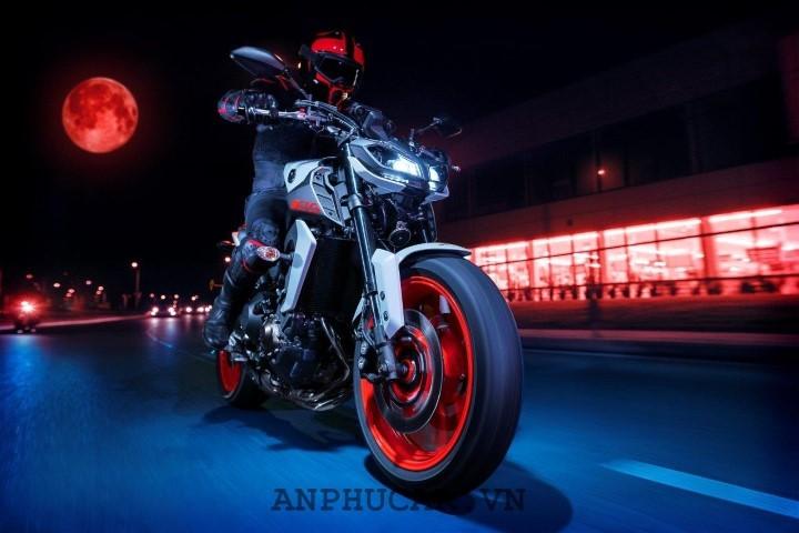 Mua xe Yamaha MT09 2020