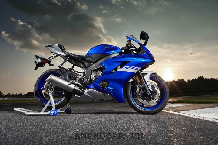 Mua xe Yamaha R3 2020