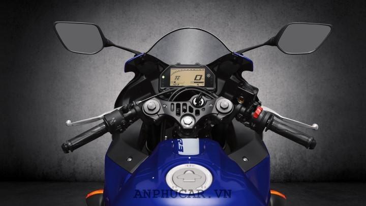 Yamaha R3 2020 manh me va an tuong
